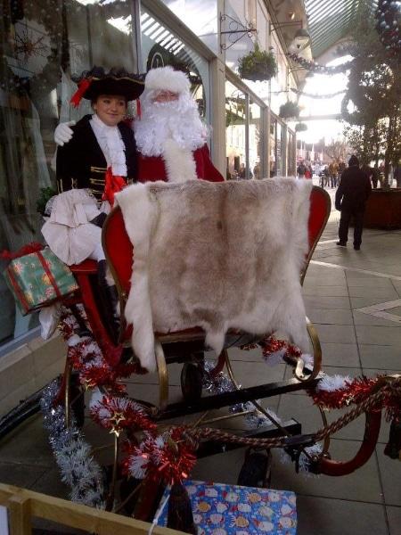 santa-and-footman-in-lichfield